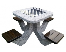 Chesstable/Ludo table HUSE